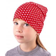 Шапка весенняя для девочек удлиненная красного цвета в горох
